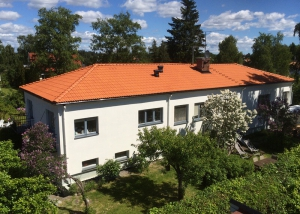 Takomläggning i Spånga