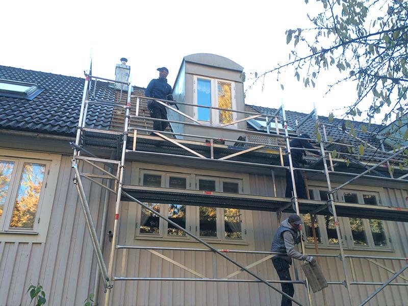 Takläggning i Kista, Stockholm