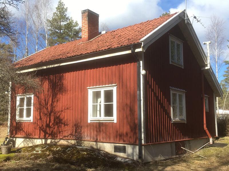 Takrenovering i Järna, Södertälje